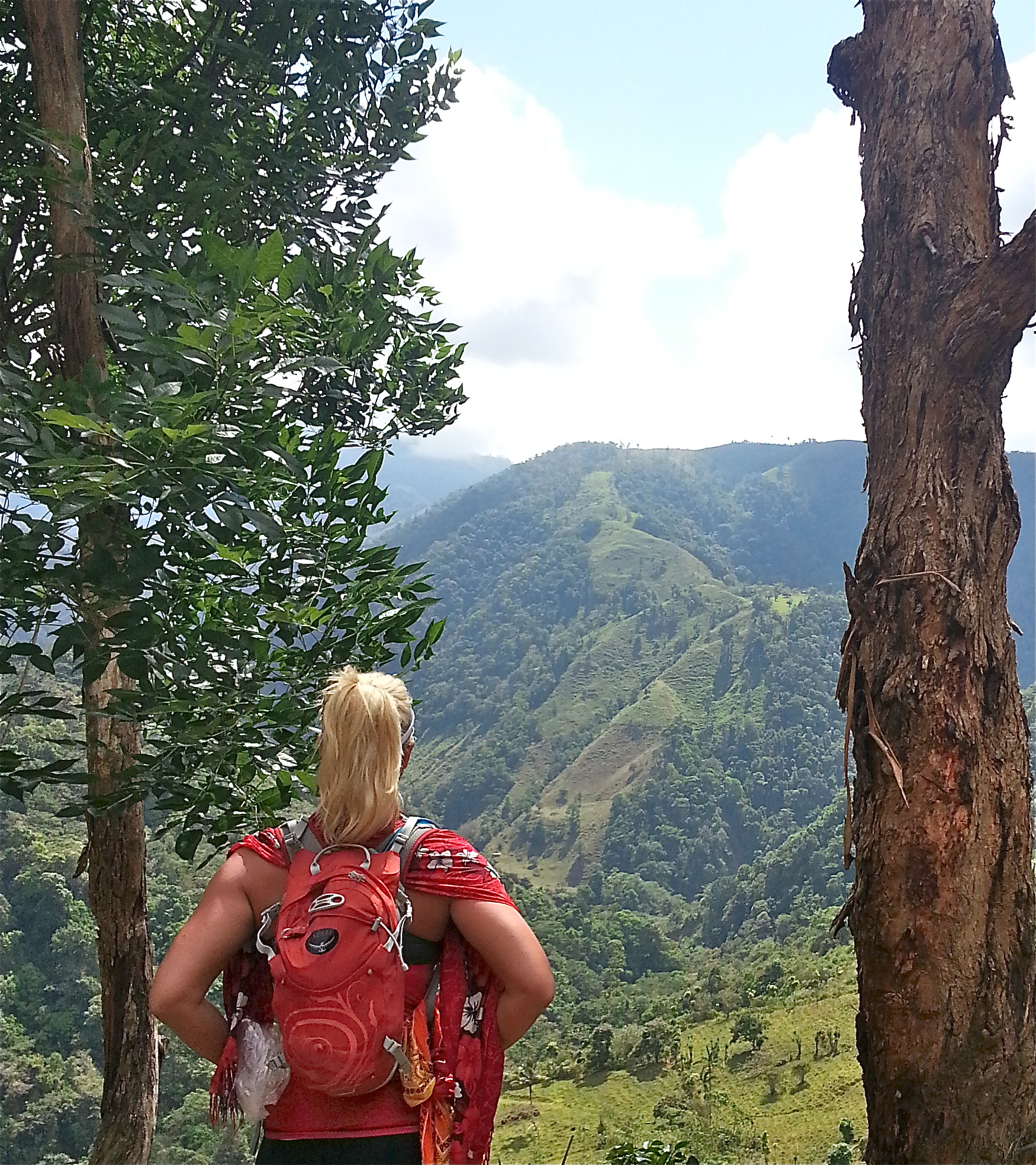 Costa Rica: 145 Miles Cross Country Adventure – Hike, Bike & Raft